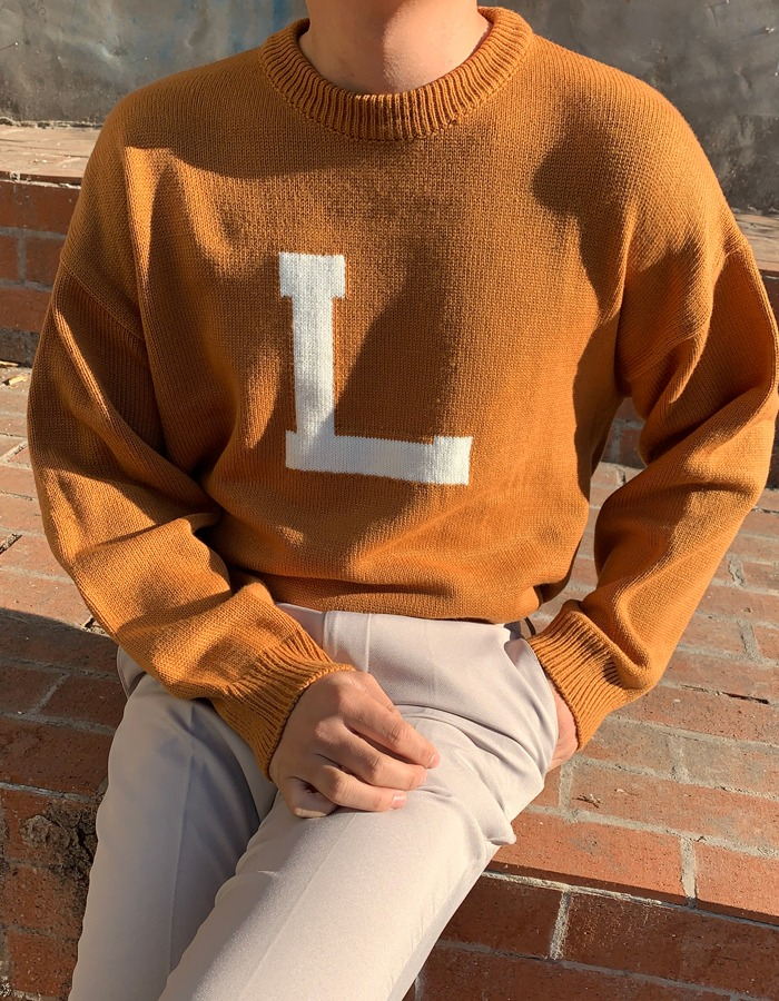 LL L lettering round knit