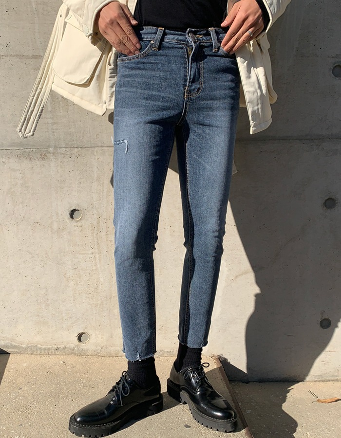 MG 1151 Minimalist Denim